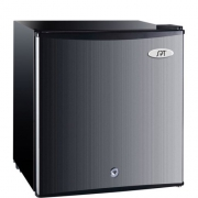 Sunpentown 1.1 cu ft Compact Freezer